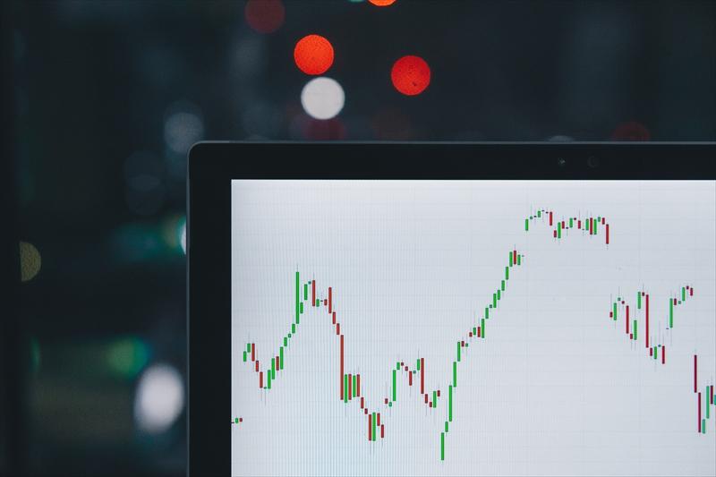 【ブログ運営報告】6ヶ月目のPV数や収益等を公開